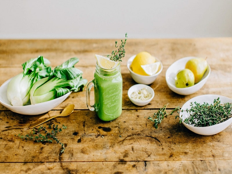 green smoothie drink plate full of delight