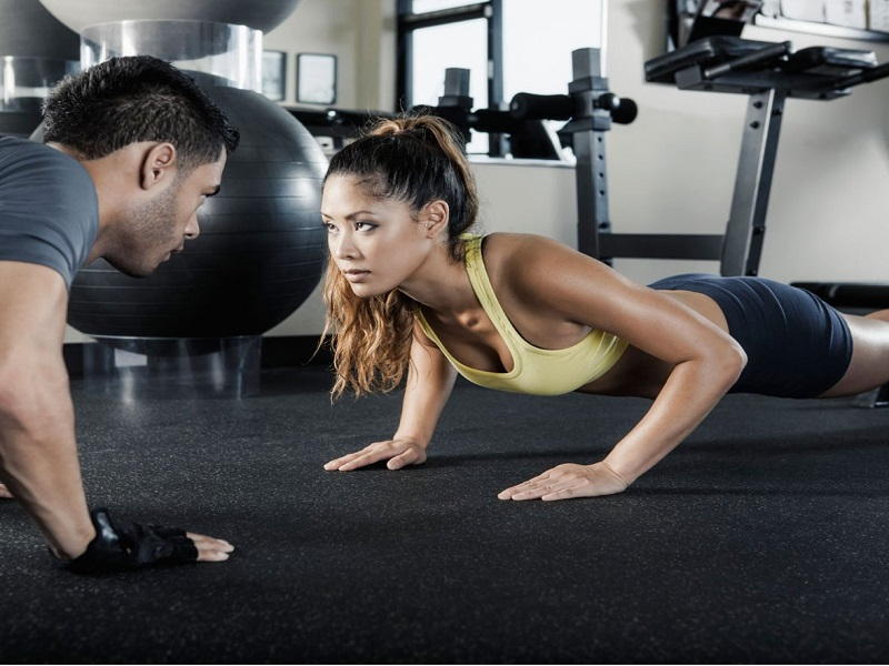 couple gyming together plate full of delight