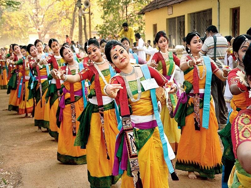 Basant Utsav and Dhol Jatra – West Bengal